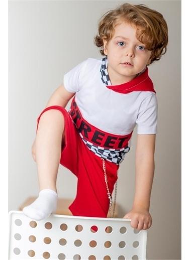 Hilal Akıncı Kids Erkek Çocuk Street Model T-Shirt Zıncırlı Şort Üçlü Takim Kırmızı